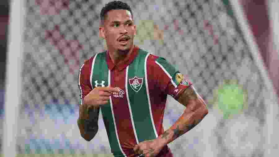 Luciano comemora após marcar para o Fluminense contra o Atlético Nacional pela Copa Sul-Americana - Carl de Souza/AFP