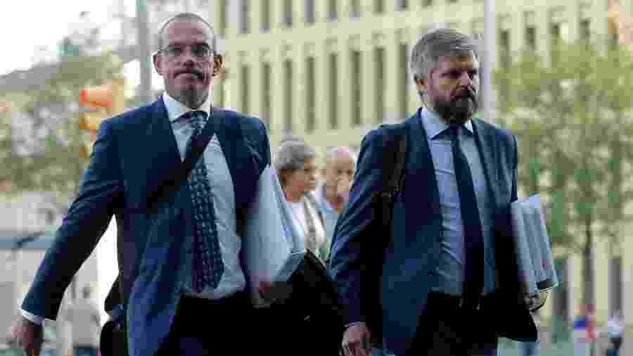 Representantes de Neymar, Rodrigo Garcia Lucas e German Martinez Ferrando chegam a tribunal - Pau Barrena/AFP