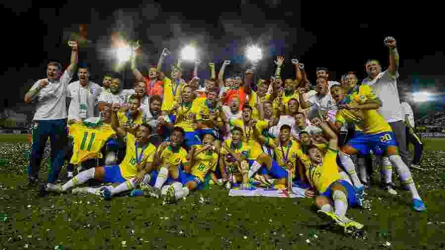 Brasil foi campeão da Copa do Mundo sub-17 após vitória sobre o México - Miguel SCHINCARIOL / AFP