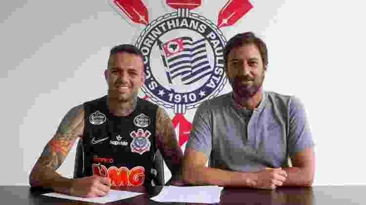 Luan assina contrato com o Corinthians - Daniel Augusto Jr. / Agência Corinthians - Daniel Augusto Jr. / Agência Corinthians