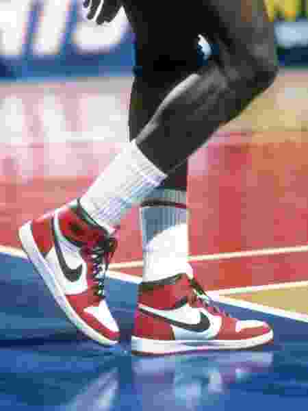 A partir do Air Jordan 1 (foto), os tênis transcenderam as quadras e viraram parte da cultura americana - Focus On Sport/Getty Images