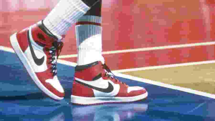 Tenis Air Jordan 1, projetado para Michael Jordan em 1985 - Focus On Sport/Getty Images