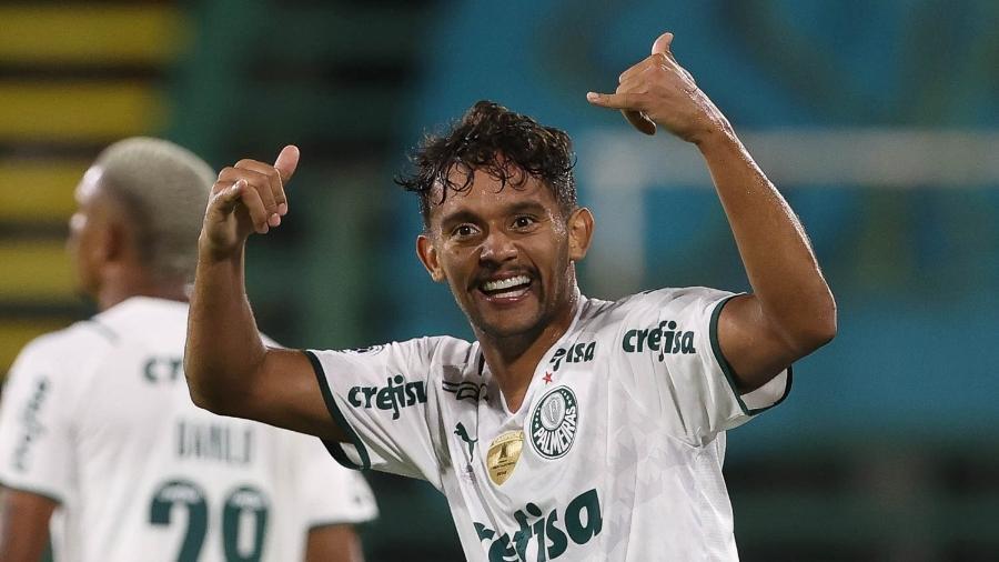 Gustavo Scarpa comemora o gol da vitória do Palmeiras contra o Defensa y Justicia - Cesar Greco/ Ag. Palmeiras