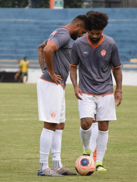 Luan e Cristian em ação pelo Atibaia na Série A2 do Paulista - Gustavo Muniz/ Sport Club Atibaia