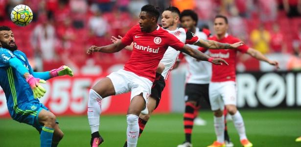 Vitinho é um dos nomes desejados pelo Flamengo para a próxima temporada