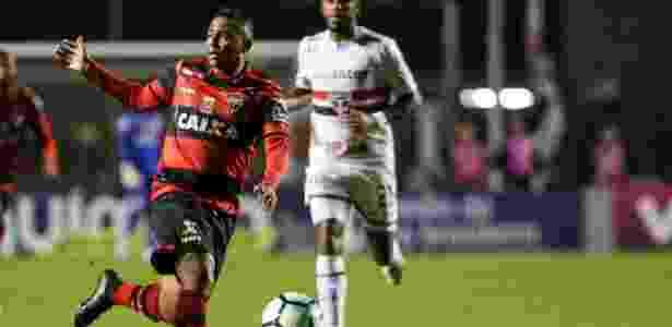 Walter tem apenas um gol com a camisa do Atlético-GO - RODRIGO GAZZANEL/FUTURA PRESS/ESTADÃO CONTEÚDO