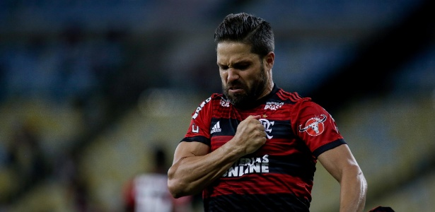 Diego festeja gol sobre a Chapecoense; meia tem situação indefinida no Flamengo - Luciano Belford/AGIF