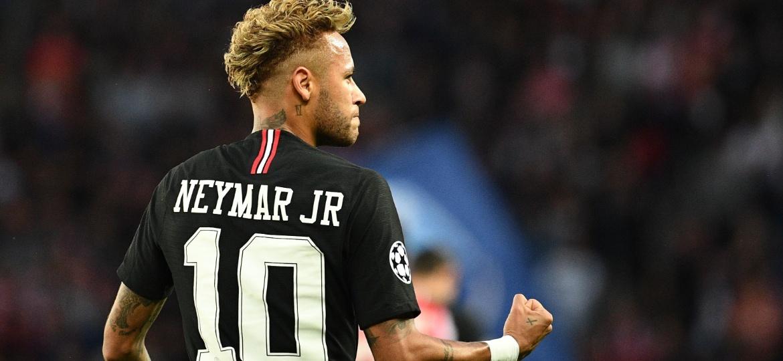 Neymar fez três gols e se destacou na partida que agora será investigada pelas autoridades