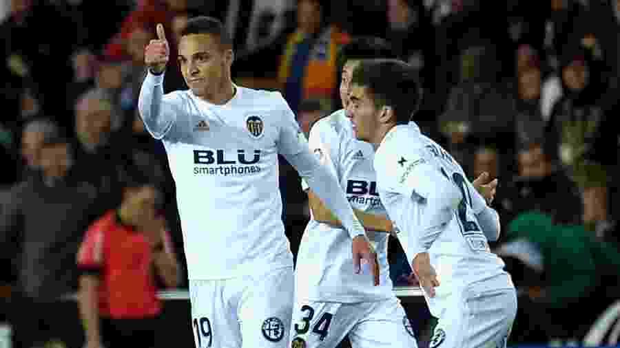 Rodrigo Moreno comemora gol do Valencia diante do Getafe pela Copa do Rei - Jose Jordan/AFP