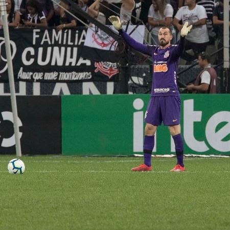 Zinho vê desrespeito de Walter em declaração sobre evolução do Corinthians