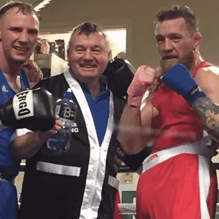 Conor McGregor em evento amador de boxe na Irlanda - Reprodução