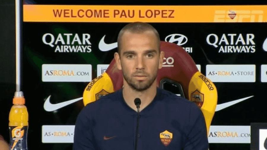 Pau López é apresentado como novo goleiro da Roma - Reprodução/ESPN Brasil