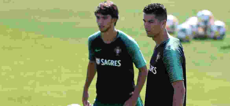 João Félix e Cristiano Ronaldo já atuam juntos com a seleção de Portugal - Petro Fiuza/Xinhua