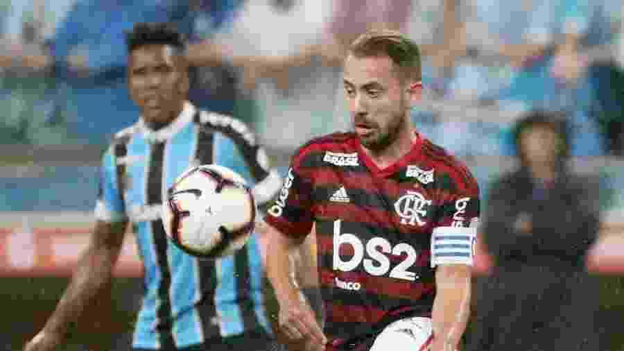 Everton Ribeiro, durante partida entre Flamengo e Grêmio -  REUTERS/Sergio Moraes