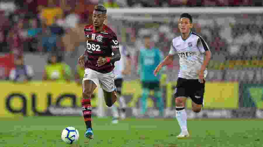 Bruno Henrique, durante partida entre Flamengo e Ceará - Thiago Ribeiro/AGIF