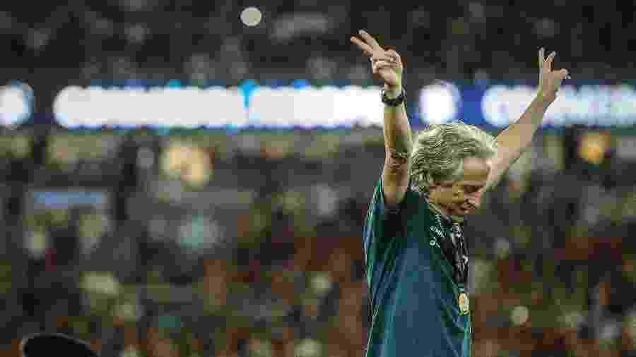 Jorge Jesus, técnico do Flamengo, na comemoração da Recopa. Técnico vai renovar até junho de 2021 - Allan Carvalho/Allan Carvalho/AGIF