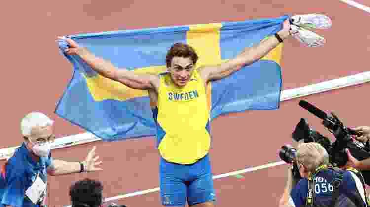 Armand Duplantis conquistou ouro em Tóquio, mas não bateu recorde olímpico de Thiago Braz - Valery Sharifulin/TASS/Getty Images - Valery Sharifulin/TASS/Getty Images