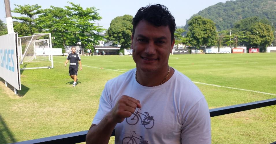 Popó acompanhou o treino do Santos na manhã desta quinta-feira, no CT Rei Pelé