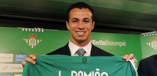 Leandro Damião não fez nenhum gol pelo Bétis e não terá seu contrato renovado
