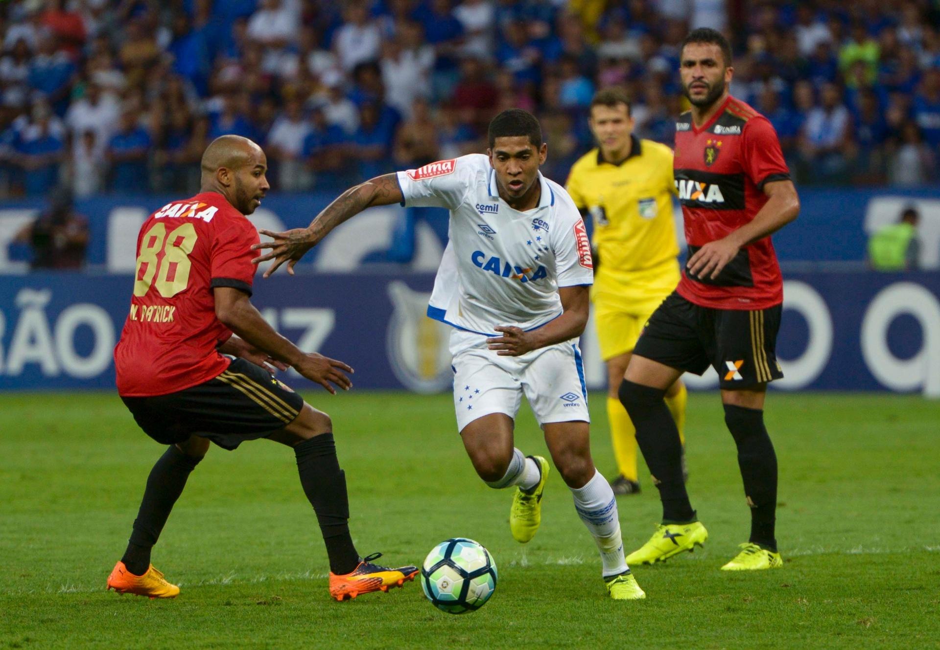 18d0876202 Xodó do Cruzeiro superou perda da família e doping por cocaína pelo futebol  - Esporte - BOL