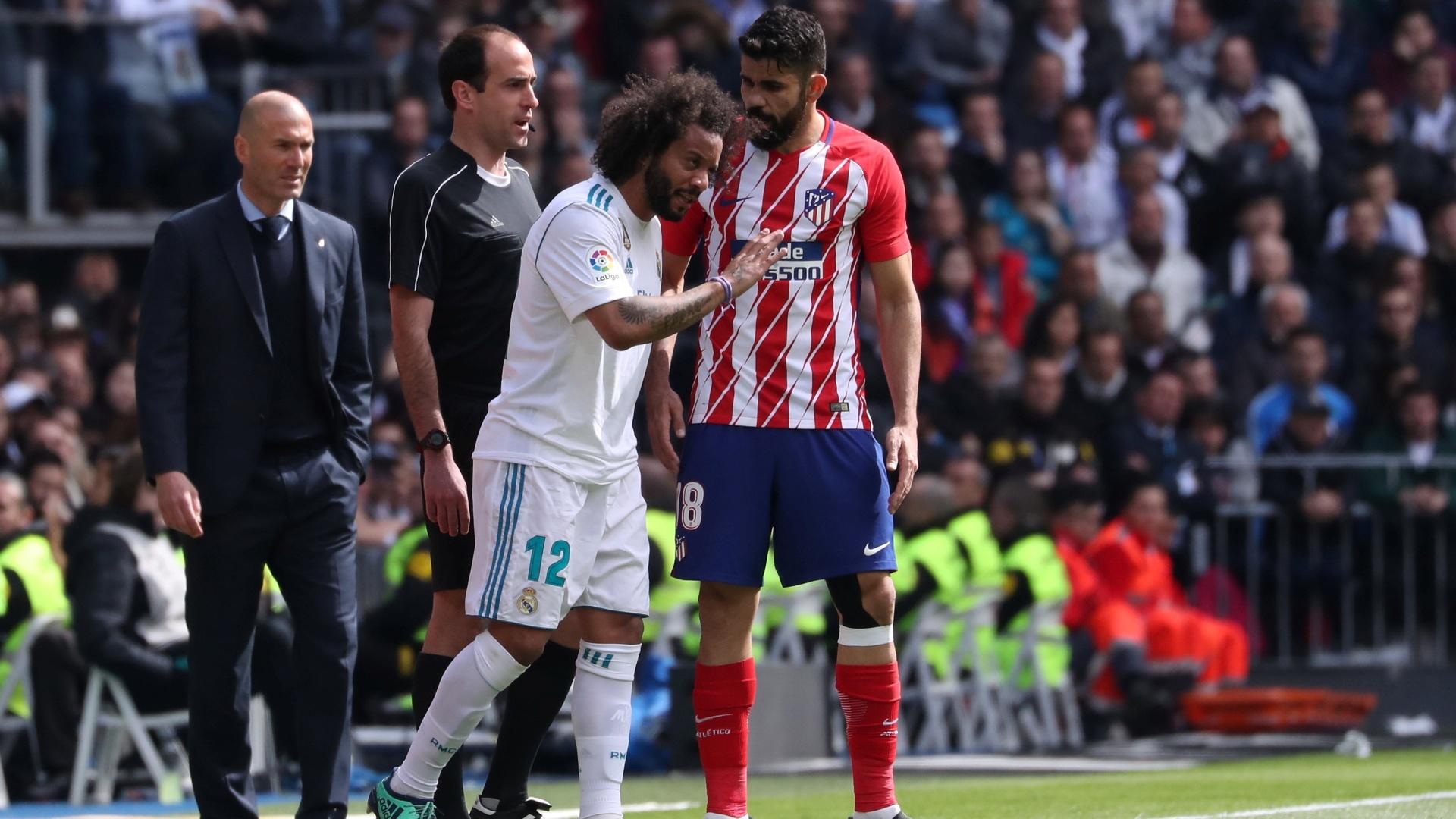 Diego Costa e Marcelo durante a partida entre Atlético de Madrid e Real Madrid