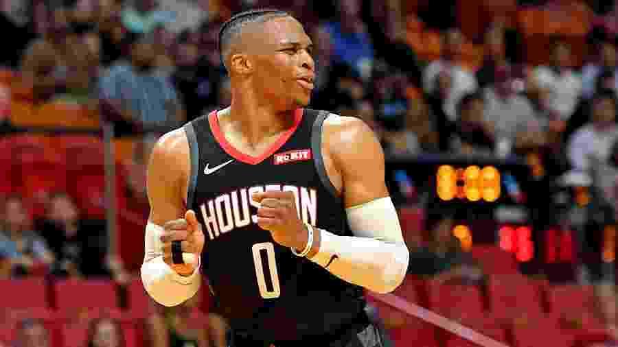 Russel Westbrook em ação pelo Houston Rockets. Jogador testou positivo para covid-19 - Steve Mitchell-USA TODAY Sports
