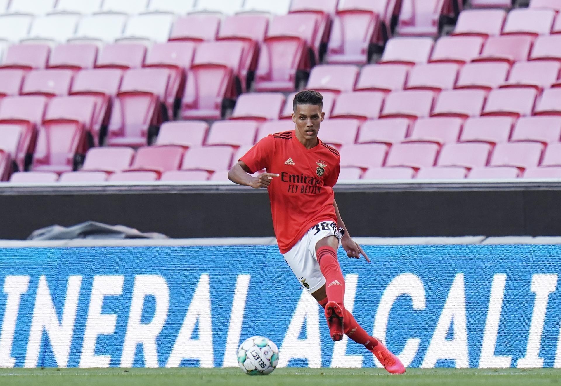 Benfica Sofre No Mercado Para Negociar Pedrinho