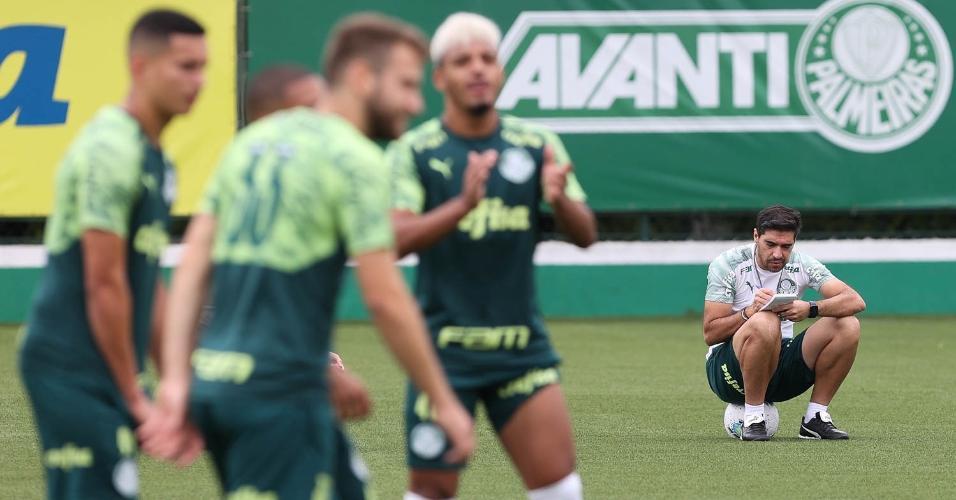 Palmeiras volta aos treinos, na Academia de Futebol, após Mundial