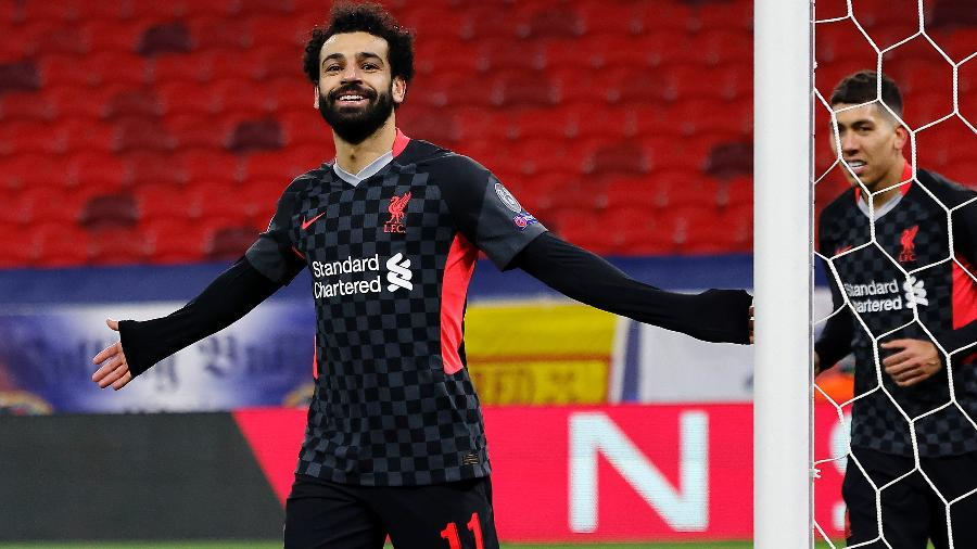 Salah comemora após marcar para o Liverpool contra o RB Leipzig pela Liga dos Campeões - Laszlo Szirtesi/Getty Images