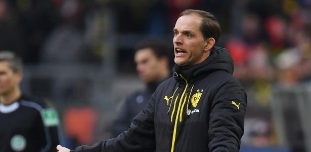 Thomas Tuchel em ação durante jogo do Borussia Dortmund em 2017