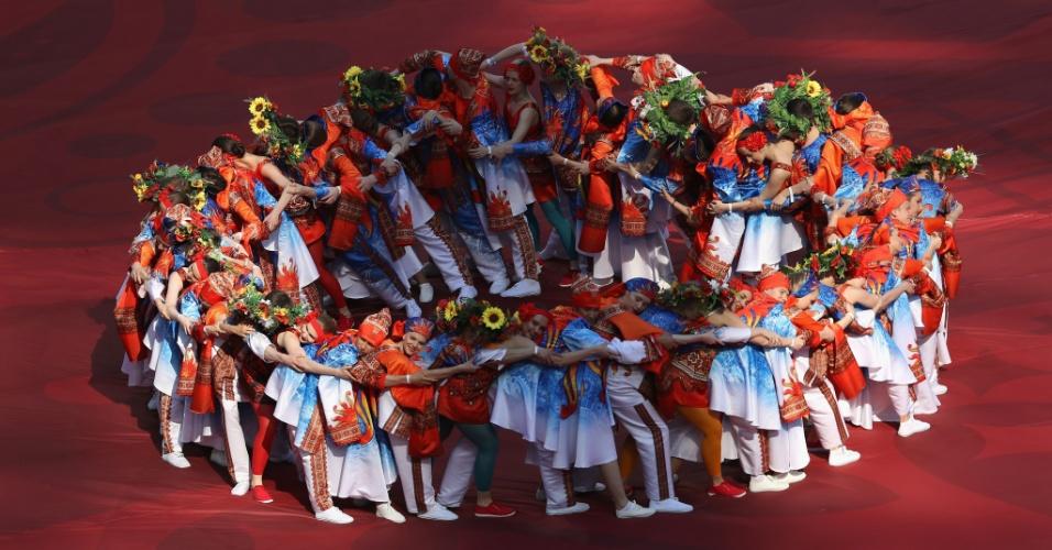 Mais de 2 mil pessoas participaram da cerimônia de abertura da Copa das Confederações