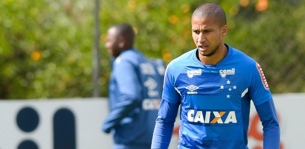 Murilo Cerqueira se tornou titular absoluto da zaga do Cruzeiro