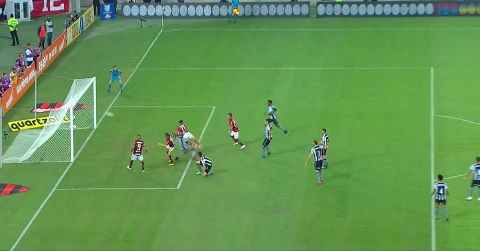 Botafogo desembarca após derrota para Grêmio com  cabeça erguida ... e6eb27f1adaef