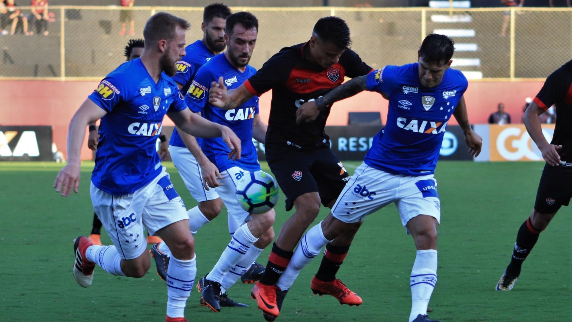 Vitória e Cruzeiro se enfrentam no Barradão pelo Campeonato Brasileiro 2018