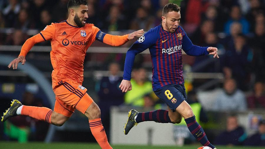 Arthur, do Barcelona, durante confronto com o Lyon pela Liga dos Campeões  - Quality Sport Images/Getty Images