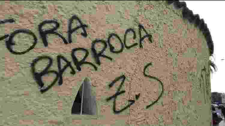 Torcedores do Botafogo protestaram contra o técnico Eduardo Barroca após derrota para o Fortaleza - Reprodução/Twitter