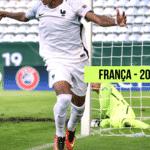 Futebol Muleke - Mbappé 1 - Arte/UOL
