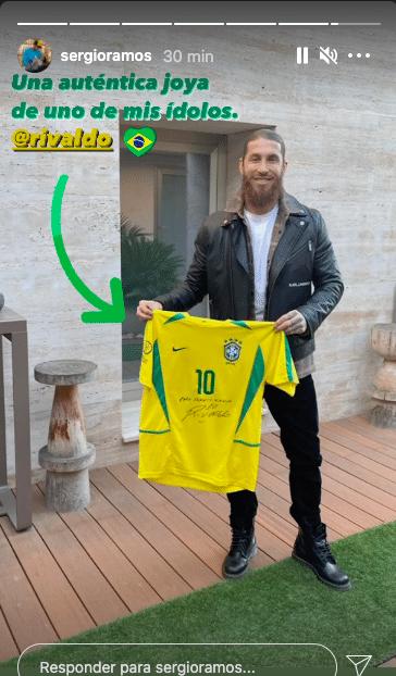 Sérgio Ramos agradece Rivaldo por camisa autografada