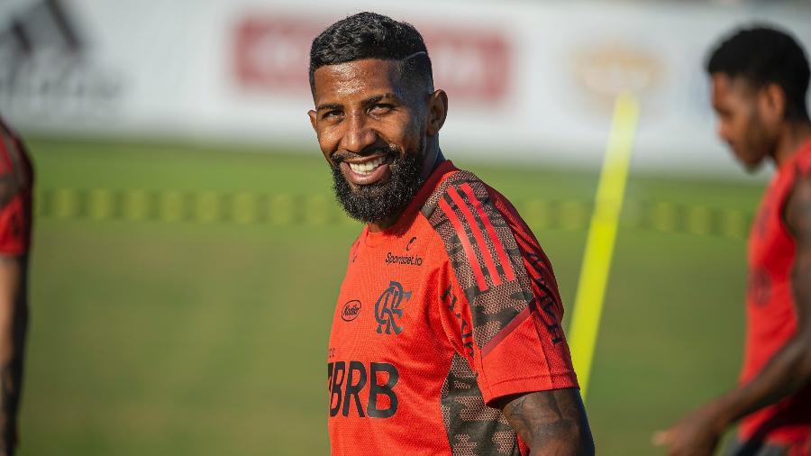 Lateral-direito Rodinei volta ao Flamengo após passagem pelo Internacional - Alexandre Vidal/Flamengo