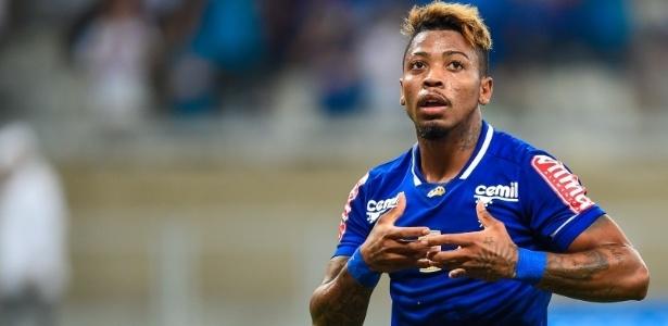 Sem espaço no Cruzeiro, atacante está emprestado ao Vitória e deverá ficar em definitivo
