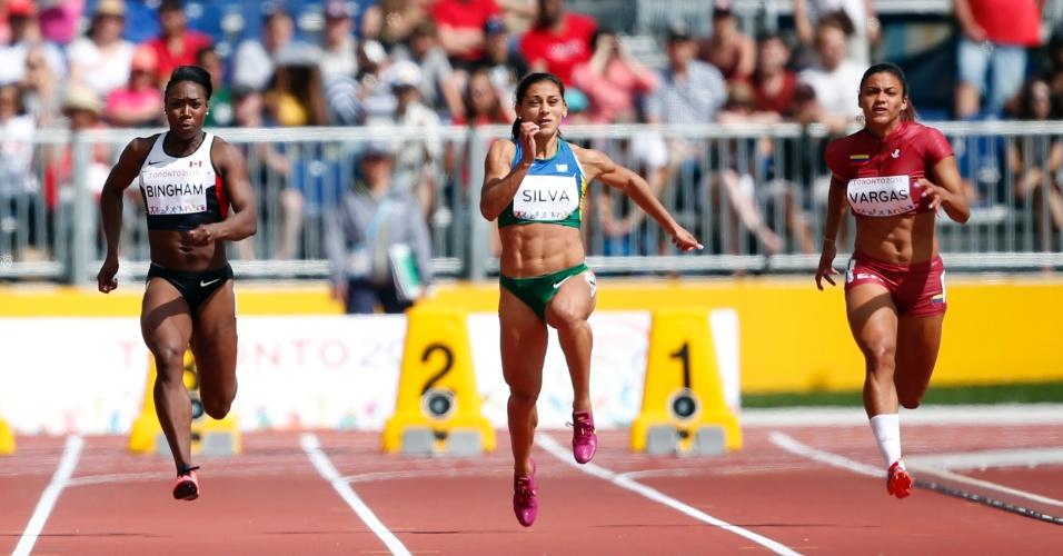 A velocista brasileira Ana Cláudia Silva na prova eliminatória dos 100 m