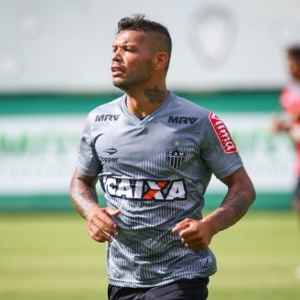 Dos convocados, Carlos é um dos poucos jogadores com frequência no time titular