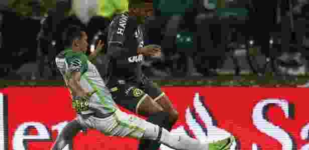 Atlético Nacional não deu espaço para os jogadores da Chapecoense - EFE/Luis Eduardo Noriega A.