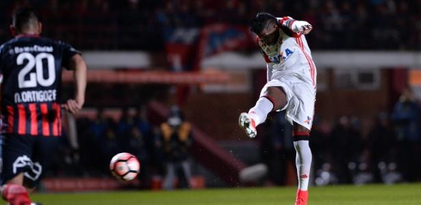 Fla perde para San Lorenzo de virada e cai mais uma vez na Libertadores
