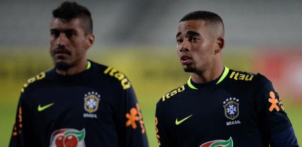 Paulinho e Gabriel Jesus são titulares mantidos em fase de testes da seleção