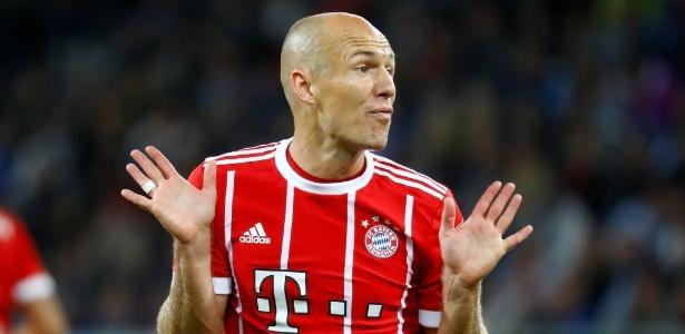 Robben em ação pelo Bayern de Munique em partida pelo Campeonato Alemão