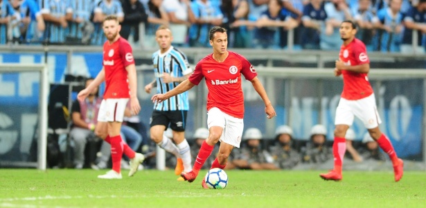 Juan Alano deve ser titular na partida contra o Paraná, encerramento do Brasileiro