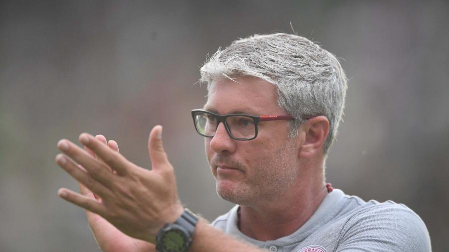 Odair Hellmann, treinador do Internacional, elogiou sua equipe após a estreia - Ricardo Duarte/SC Inter