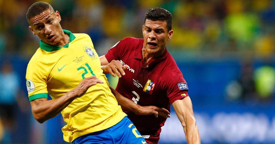 Richarlison, durante partida entre Brasil e Venezuela