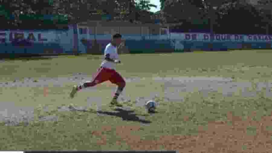 Dyogo Coutinho ia para um treino do América antes de ser baleado e morto no Rio de Janeiro - Reprodução/Globo